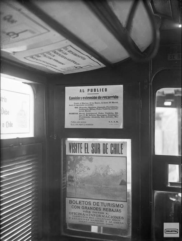 Publicidad al interior de un carro eléctrico. 1932.